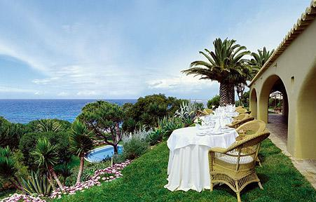 *****Hotel & **Restaurant VILA JOYA & JOY SPA